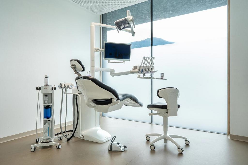 Zahnarzt Innsbruck Behandlungsraum